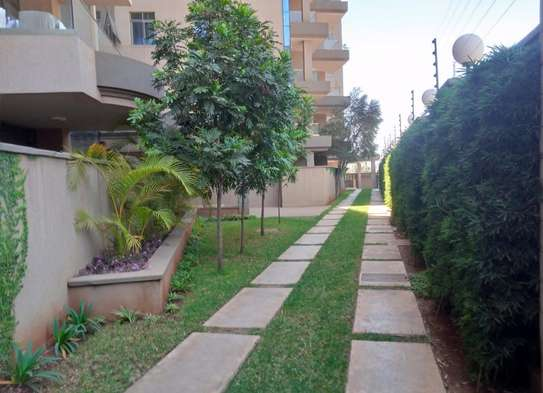 3 bedroom apartment for rent in Muthaiga Area image 12