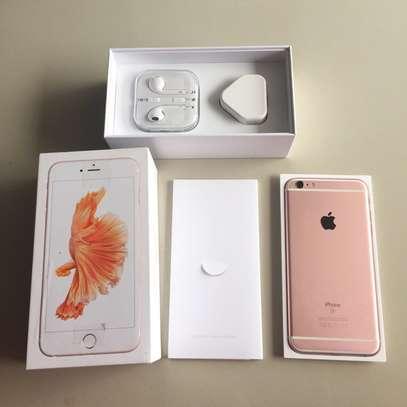 iPhone 6s Plus 128GB, 2GB Ram, 4G LTE, Rose Gold image 2