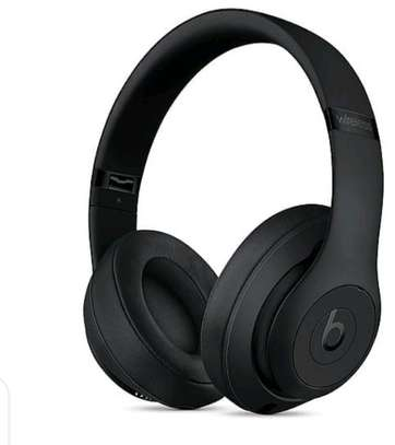 Beats bydre wireless headphones. image 1