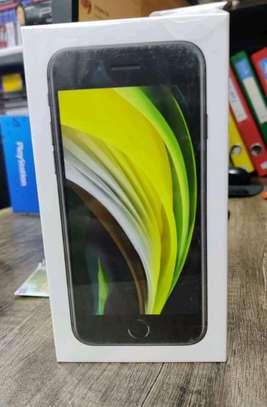 Iphone SE 64GB image 1
