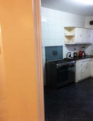 FURNISHED APARTMENT TO LET IN KILIMANI image 2