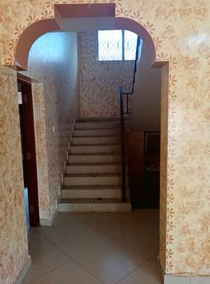 4br maisonnette all-ensuite for rent in Nyali image 2
