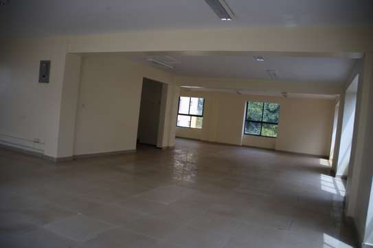 15035 ft² commercial property for rent in Upper Hill image 10