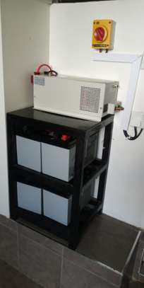 2000 watts back up system image 1