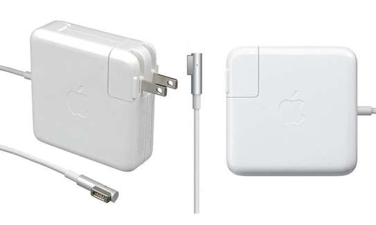 Apple Macbook Pro Power Adapters/Chargers image 2