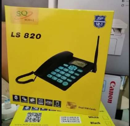Sq L820 GSM Desktop Land line  Phone image 1