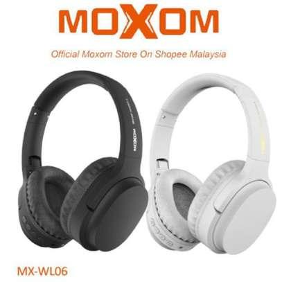 Moxom MX-WL06 Hi-Fi Super Real Stereo Gaming Bluetooth Headset 3.0 image 1