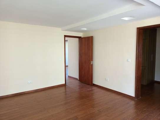 4 bedroom house for rent in Kitisuru image 13