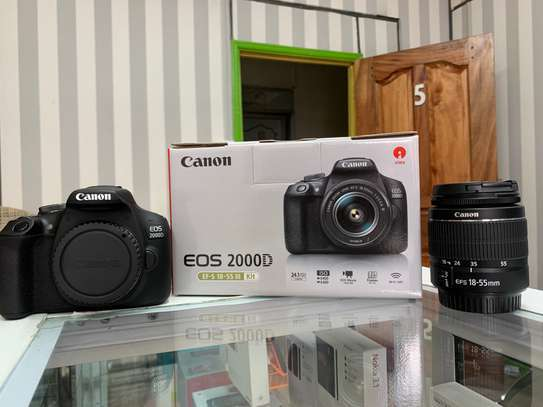 Canon EOS 2000D 24.1MP Wi-Fi With 18-55 Lens IS II image 2