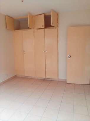 3 bedroom house for rent in Hurlingham image 12