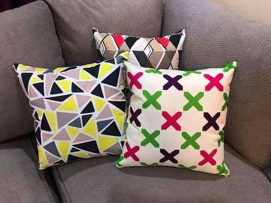 Complete Throw pillow Set image 8