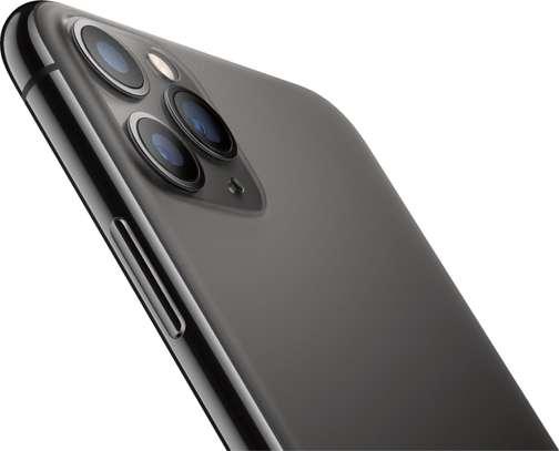 i phone 11 pro max 64GB image 1