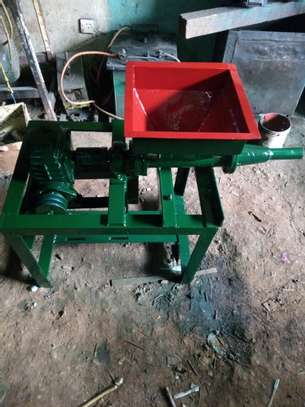 Mini Briquette Machine image 4