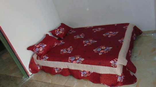 7 by 8 Bedcovers..4 pieces image 1