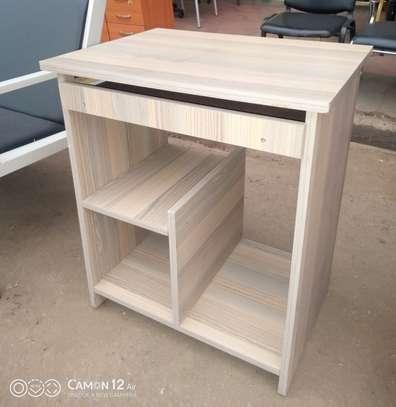 Computer table 4.5 utc image 1