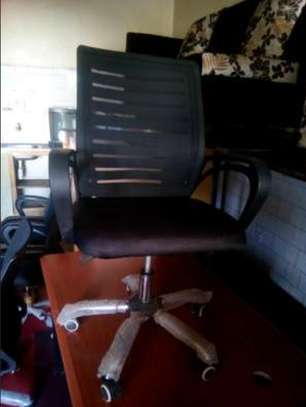 Executive adjustable mesh office chairs image 2