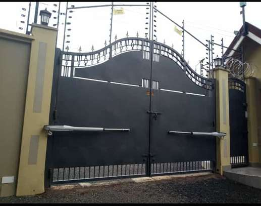 Automatic gate systems image 1