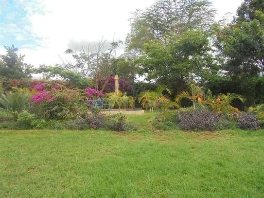 Furnished 3 bedroom villa for rent in Runda image 3