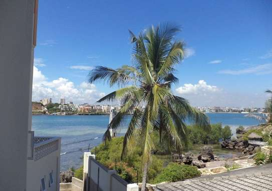 3 br furnished Royal Beach Apartment For Rent In Nyali-Mombasa ID 925 image 13
