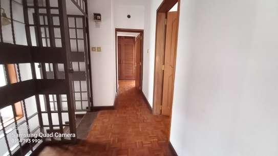 commercial property for rent in Parklands image 6