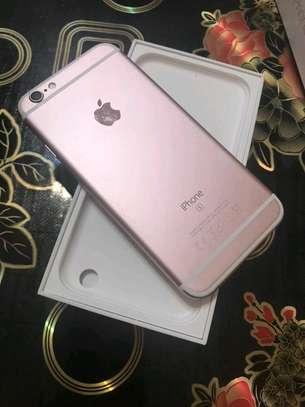 Apple Iphone 6s 128 gb Ios 13 powered image 1