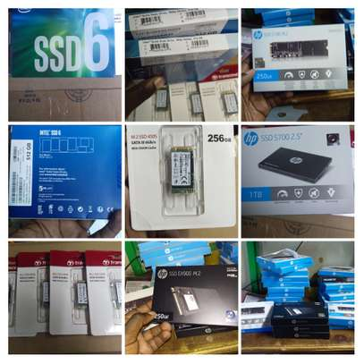 Laptop SSD (Solid State Drive)