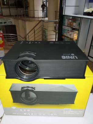 Unic 68  portable wifi enabled projector image 1