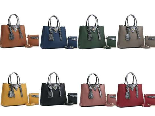 2 in 1 handbags image 1