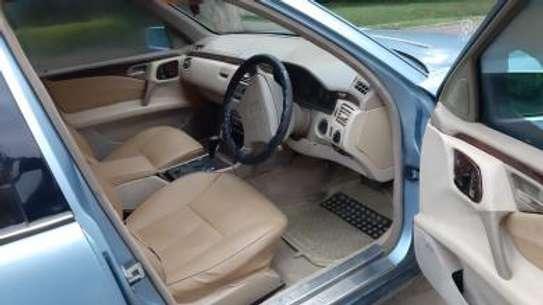 1993 Mercedes-Benz E200 KAS auto petrol drives smooth Mint image 11