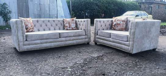 Five  Seater Chesterfield sofa(3 2) image 1