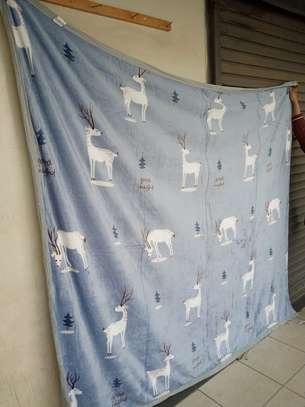 Fleece blankets image 13
