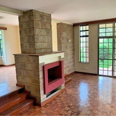 5 bedroom townhouse for rent in Rosslyn image 9