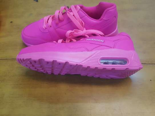 Classic Pink sneakers image 3