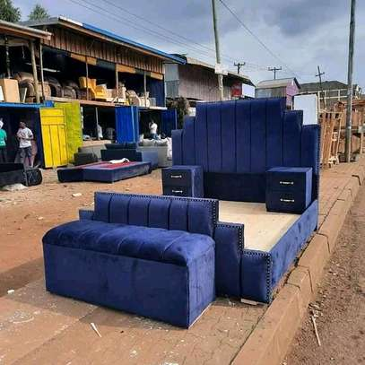 Unique beds available at an affordable prices image 2