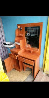 One stand good grooming dressing table with a stool image 1
