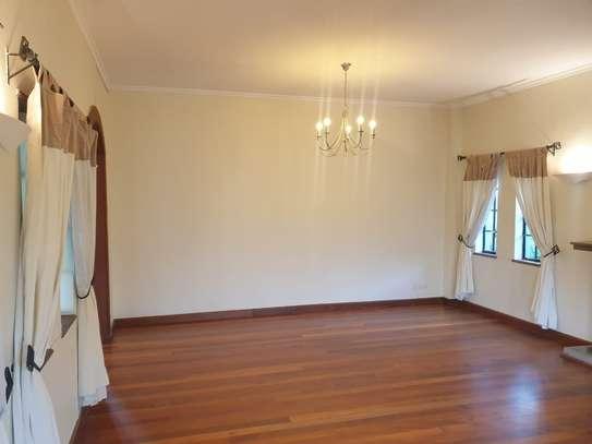 5 bedroom villa for rent in Runda image 8