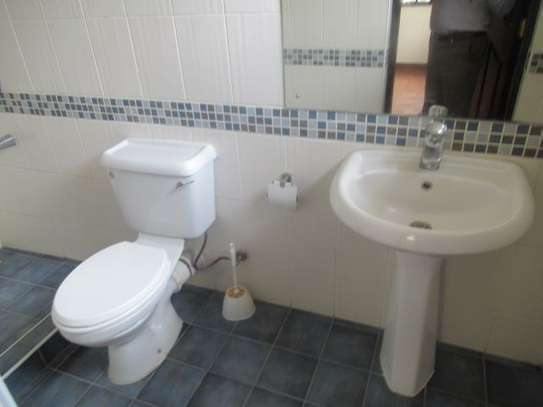 General Mathenge - Flat & Apartment image 16