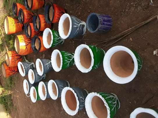 Flower pots image 2
