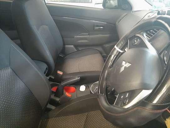 Mitsubishi RVR 2.0 image 3