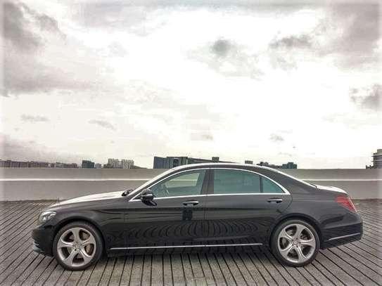 Mercedes Benz - S-Class image 2