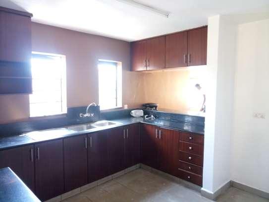 3 bedroom apartment for rent in Rhapta Road image 15