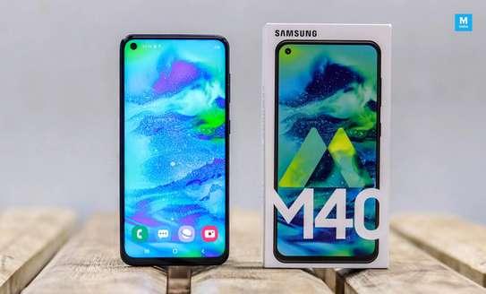 Samsung M40,wholesale price image 3