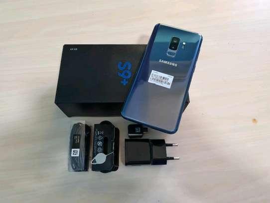 Samsung Galaxy S9 Plus 256 Gigabytes image 2
