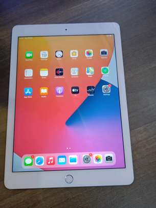 Ipad Air 2 In shop(64gb) Available+Free Complete Charger image 1