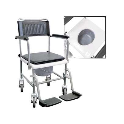 Commode wheelchair/toilet wheelchair image 1