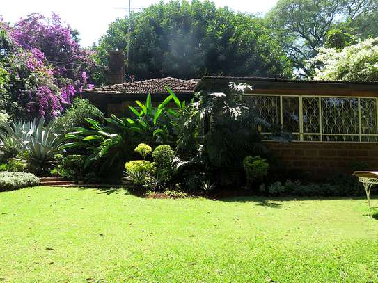 0.8 ACRES PRESTIGIOUS PROPERTY IN LAVINGTON