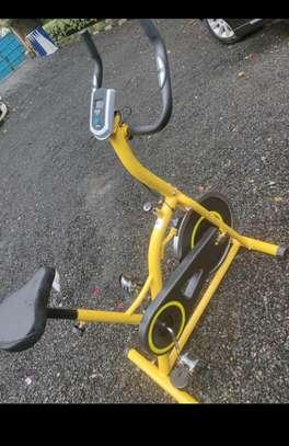 Gym spinbike image 2