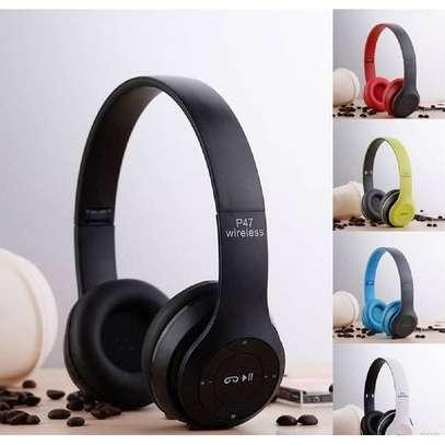 P47 Foldable Bluetooth headphones image 2
