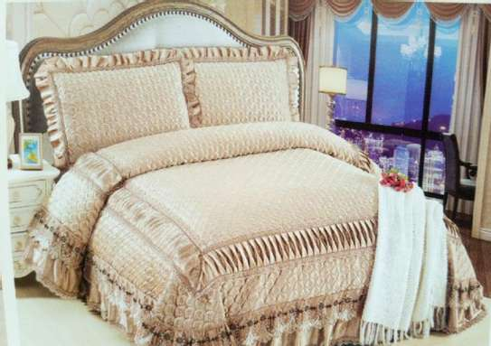 bed covers cream white image 1