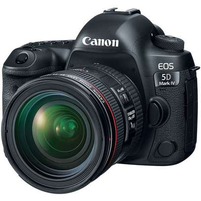 Canon EOS 5D Mark IV DSLR Camera with 24-70mm f/4L Lens image 1